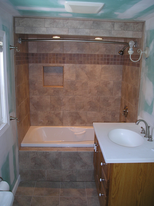 Pictures of shower and tub combination remodel ideas for Bathroom tub designs